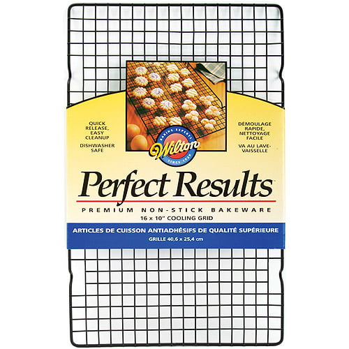 "Wilton Perfect Results 16""x10"" Non-Stick Cooling Grid 2105-6813 by Wilton"