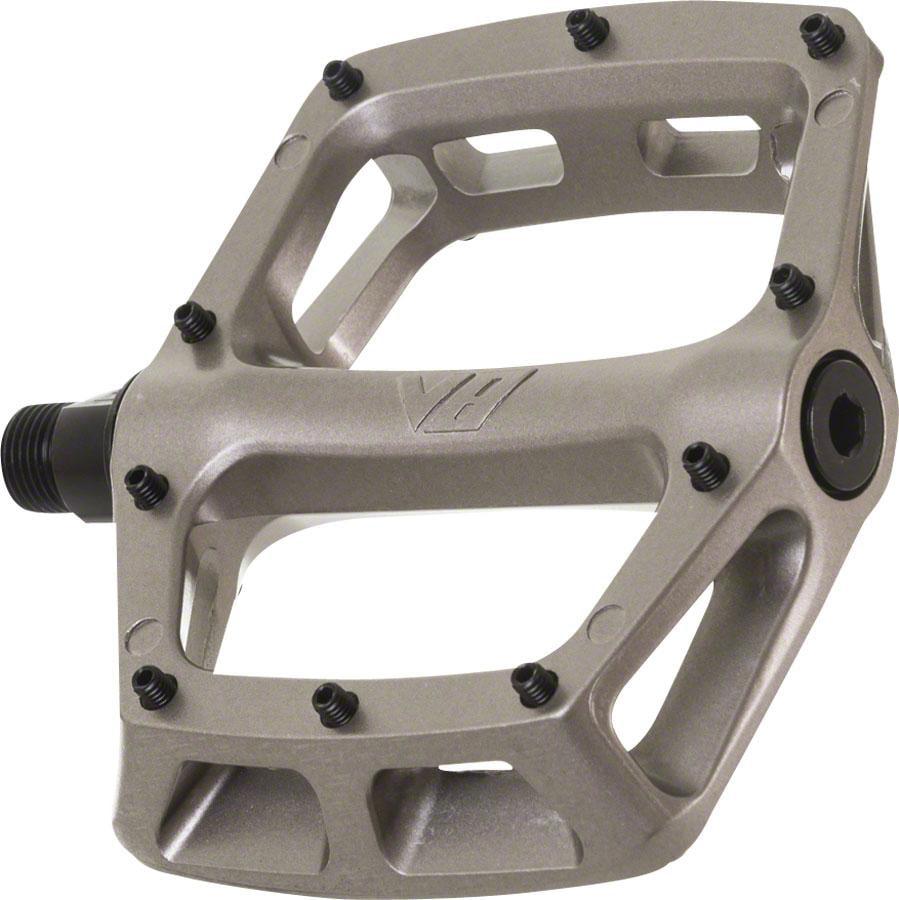 """DMR V8 Pedals, 9/16"""" Alloy Platform Gray"""