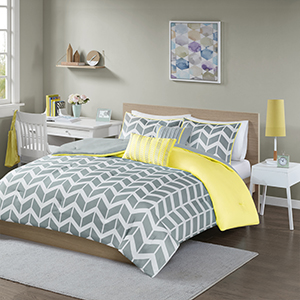 4-Piece Luxury Comforter Set in Gray Chevron, Twin