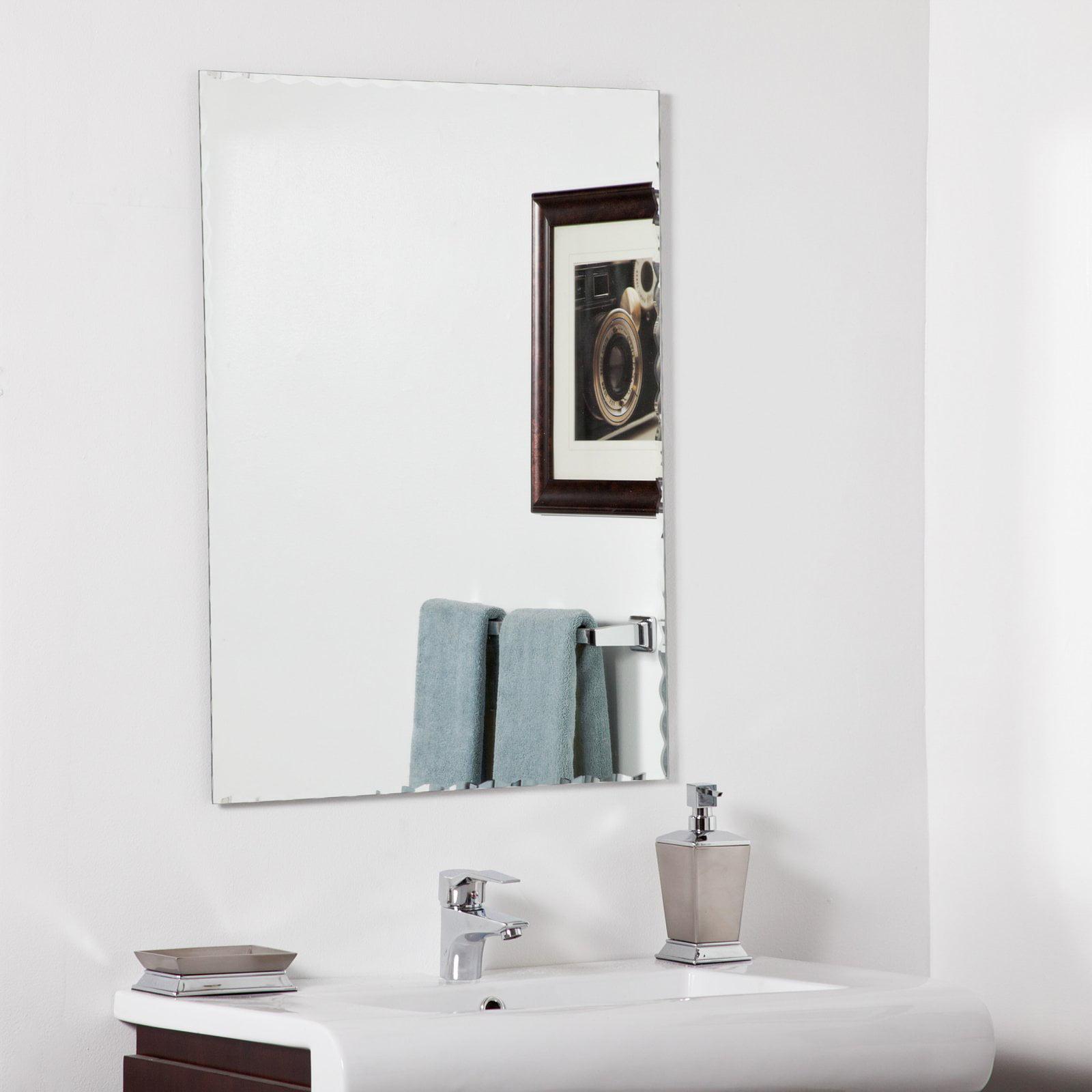 Décor Wonderland Madeline Modern Bathroom Mirror 23.6W x 31.5H in. by Decor Wonderland of US