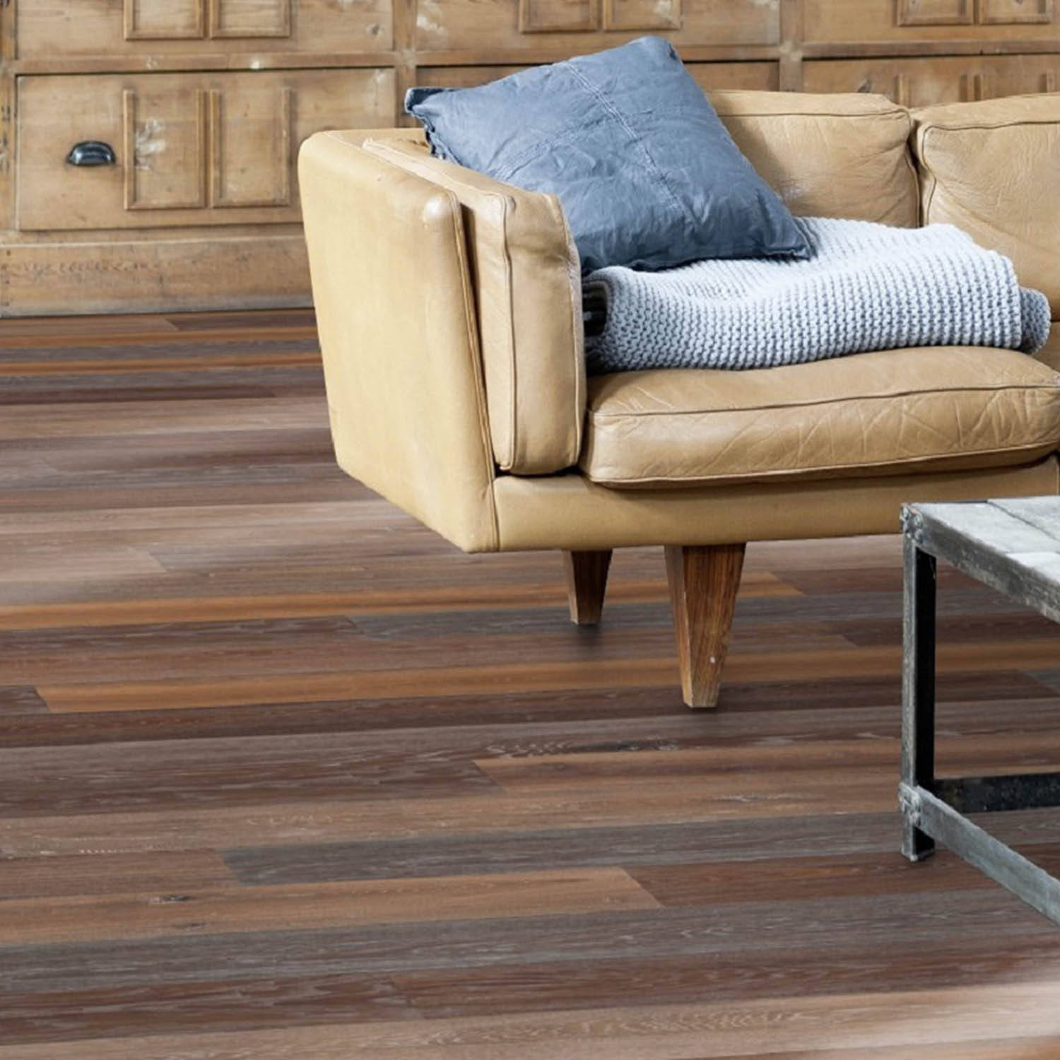 "SOLIDFLOOR Vintange Collection Alps Oak Engineered Hardwood Plank, 25/32"" x 7-31/64""W"