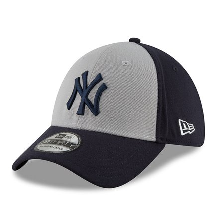 c1496446c9316 New York Yankees New Era Youth 2018 Players  Weekend 39THIRTY Flex ...
