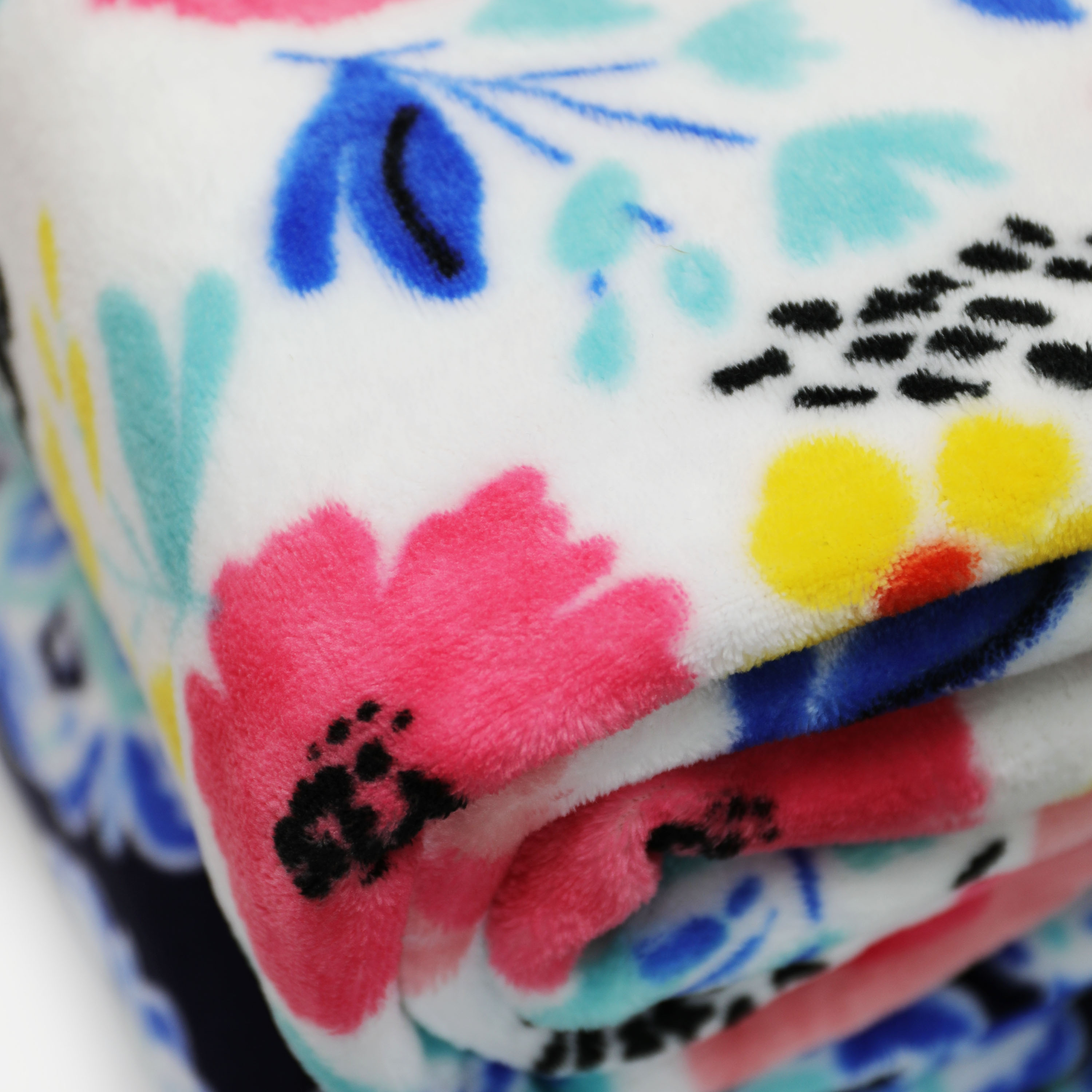 Mainstays Deluxe Plush Blanket Joy Floral