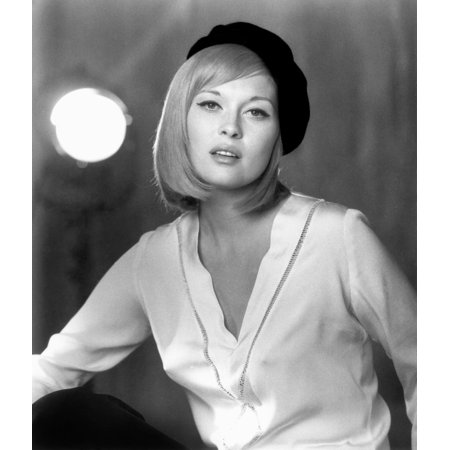Faye Dunaway  1941   Namerican Actress Dunaway In A Publicity Photo For The Film Bonnie And Clyde 1967 Rolled Canvas Art     24 X 36