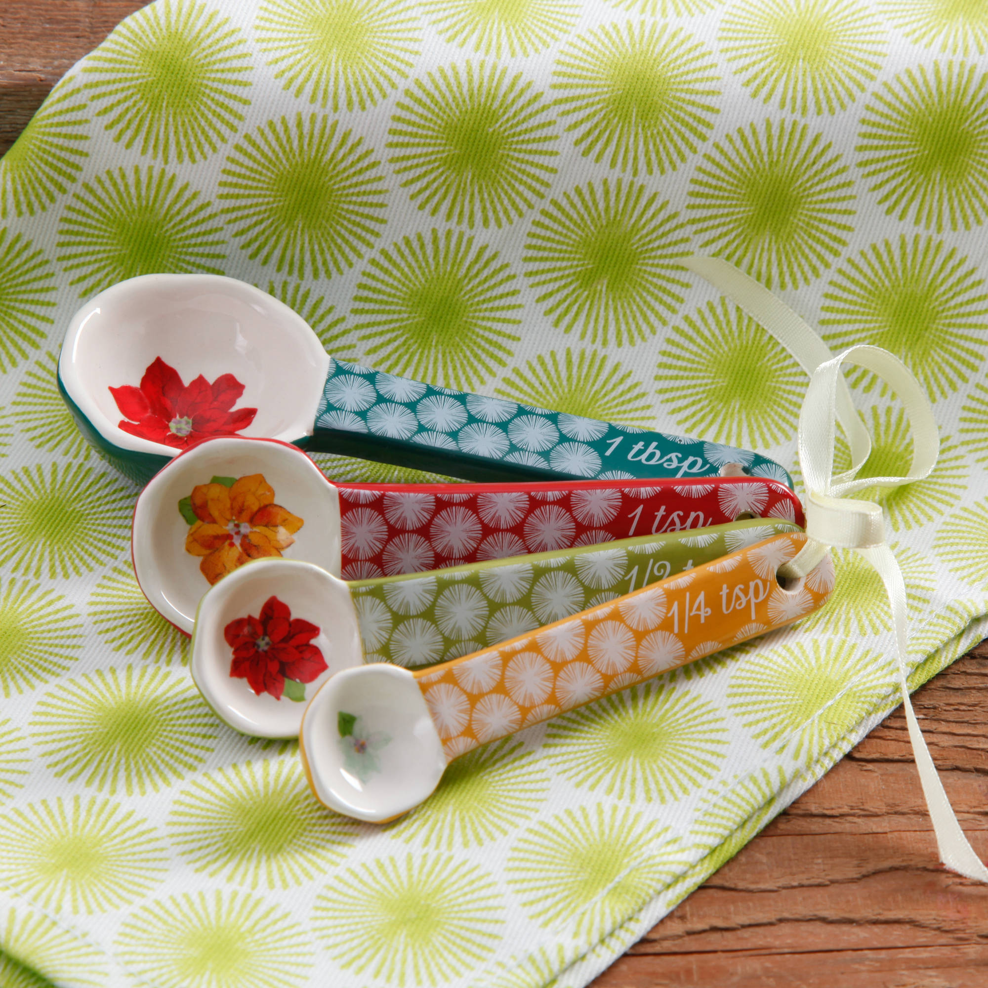 The Pioneer Woman Ceramic Platens Happiness Measure Salad, 1 Each