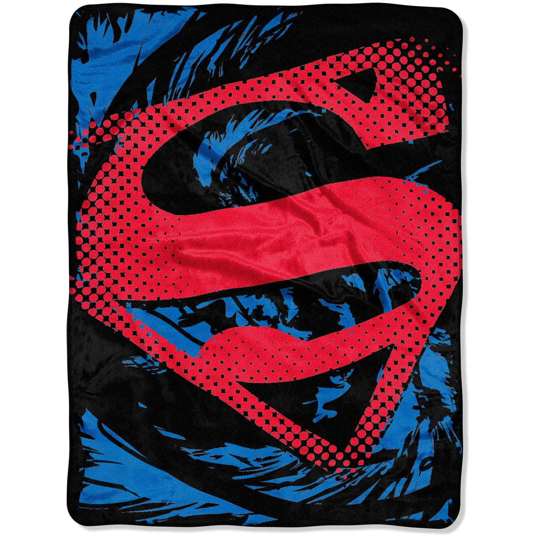 "Warner Bros. Superman ""Super Rip Shield"" 46"" x 60"" Micro Raschel Throw"