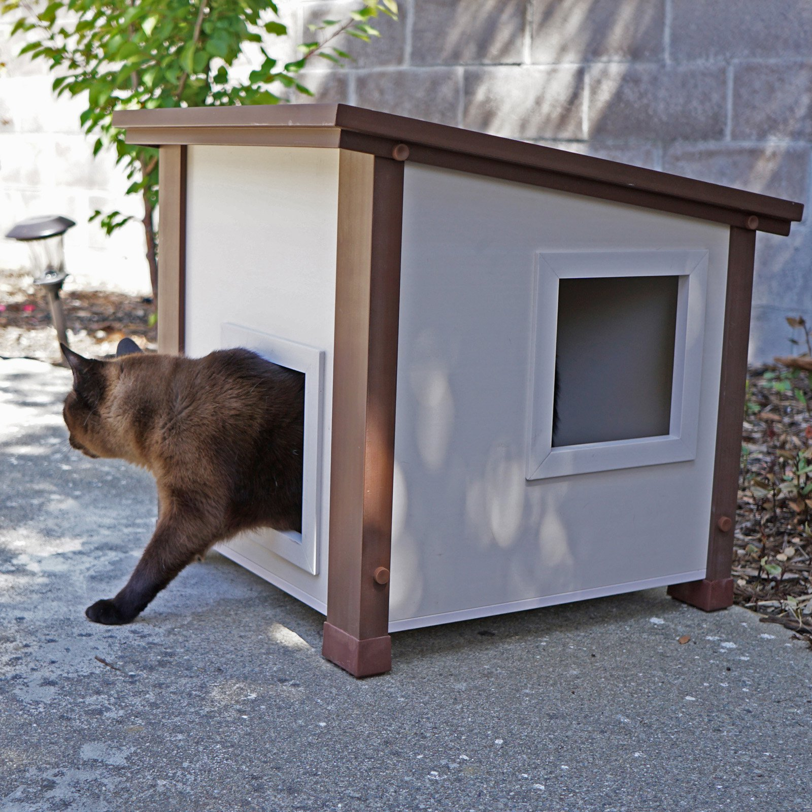 ecoFLEX Outdoor Cat House