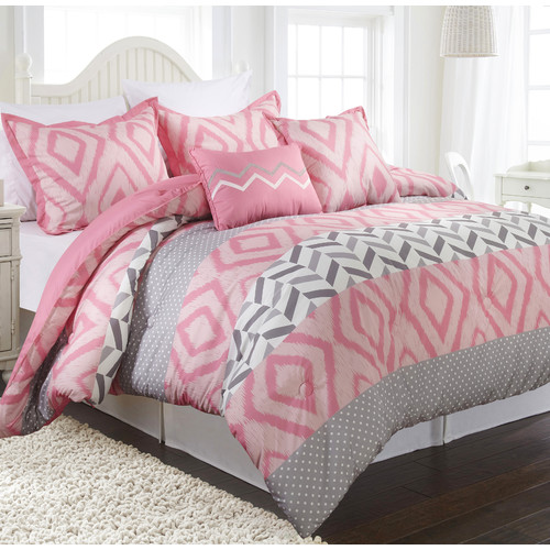 Nanshing America, Inc Maddy 5 Piece Reversible Comforter Set