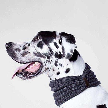 Canada Pooch Sierra Dog Scarf Small Charcoal ()