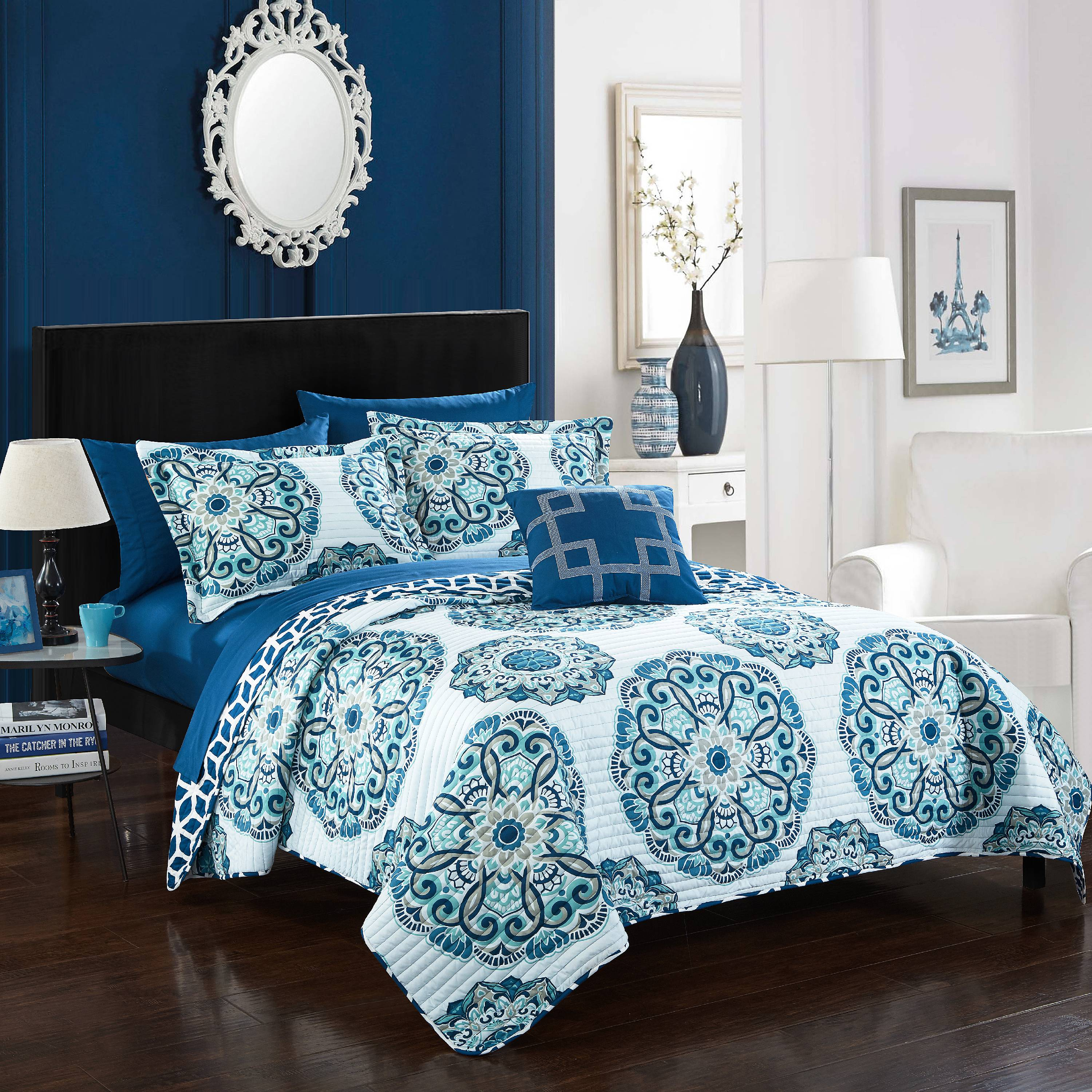 Chic Home 8-Piece Miranda REVERSIBLE Quilt Set