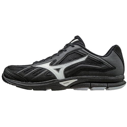 Mizuno Players Trainer Shoe Economical, stylish, and eye-catching shoes