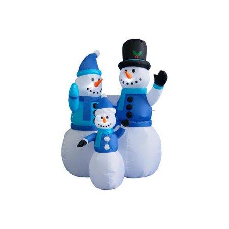BZB Goods 4 ft. Snowmen Family Decoration