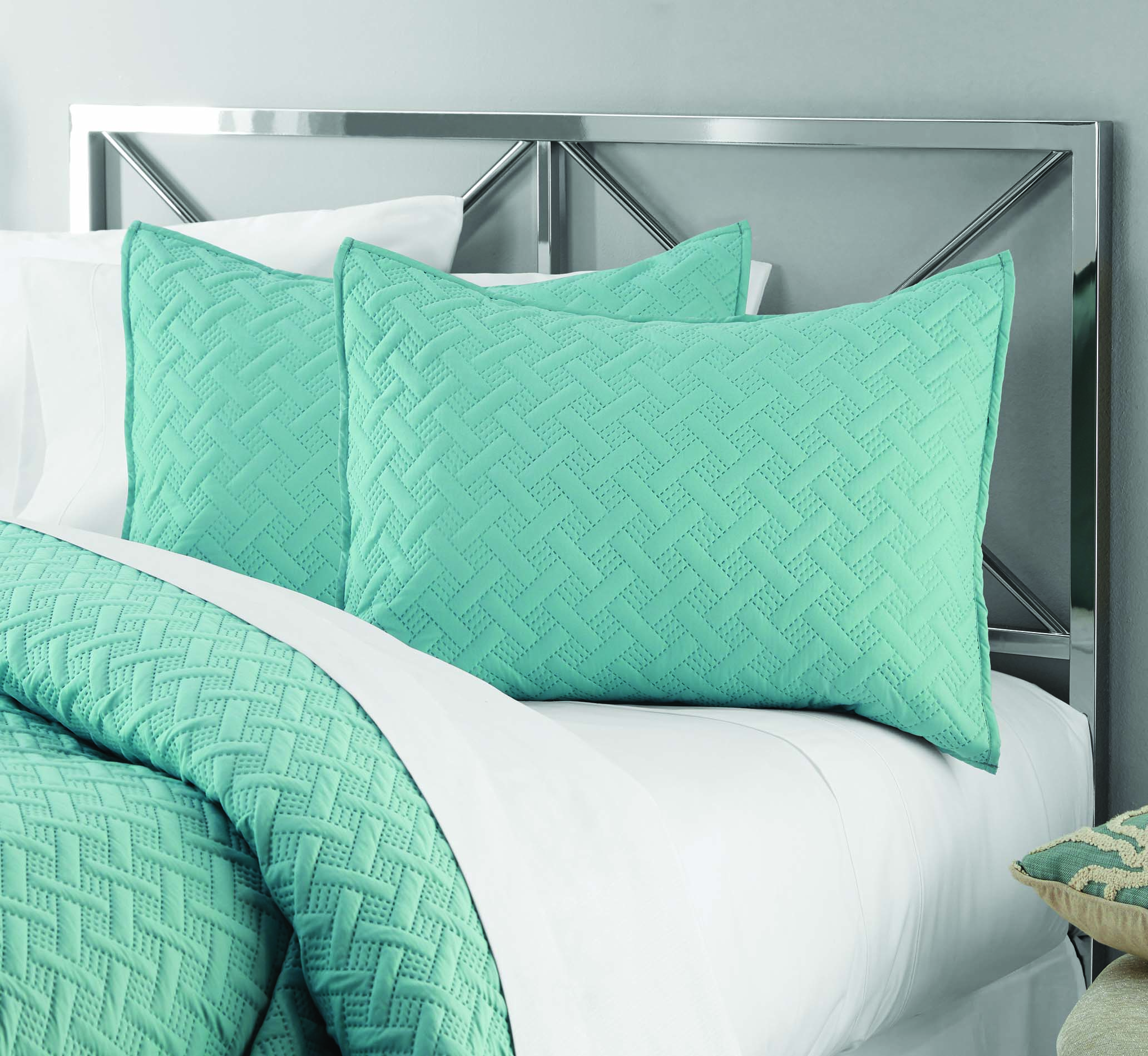Mainstays Emma Solid Basket-Weave Quilt, Shams Sold Separately, Multiple Colors and Sizes Available