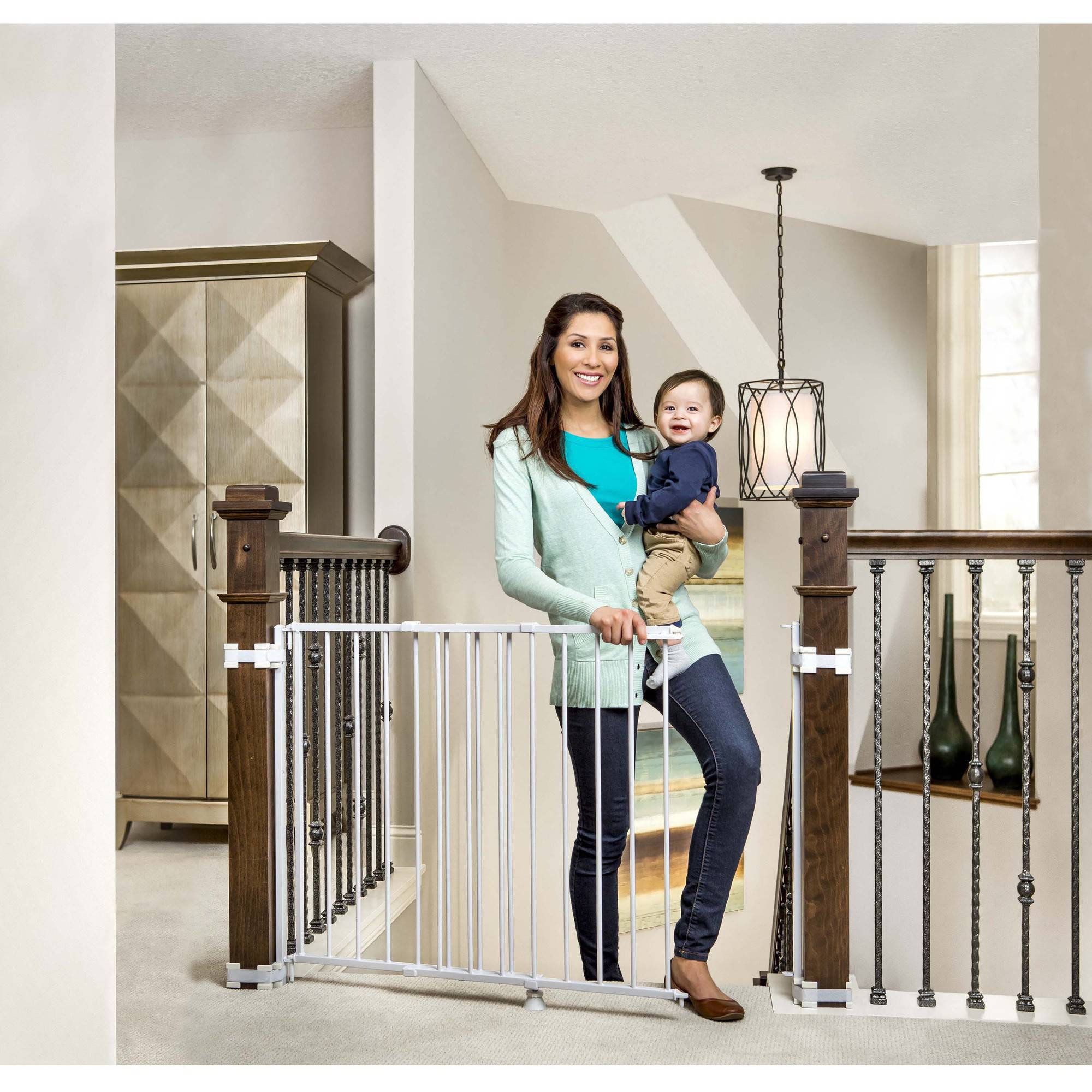 Regalo Top Of Stairs Baby Gate 26 42 For Banisters Or Walls