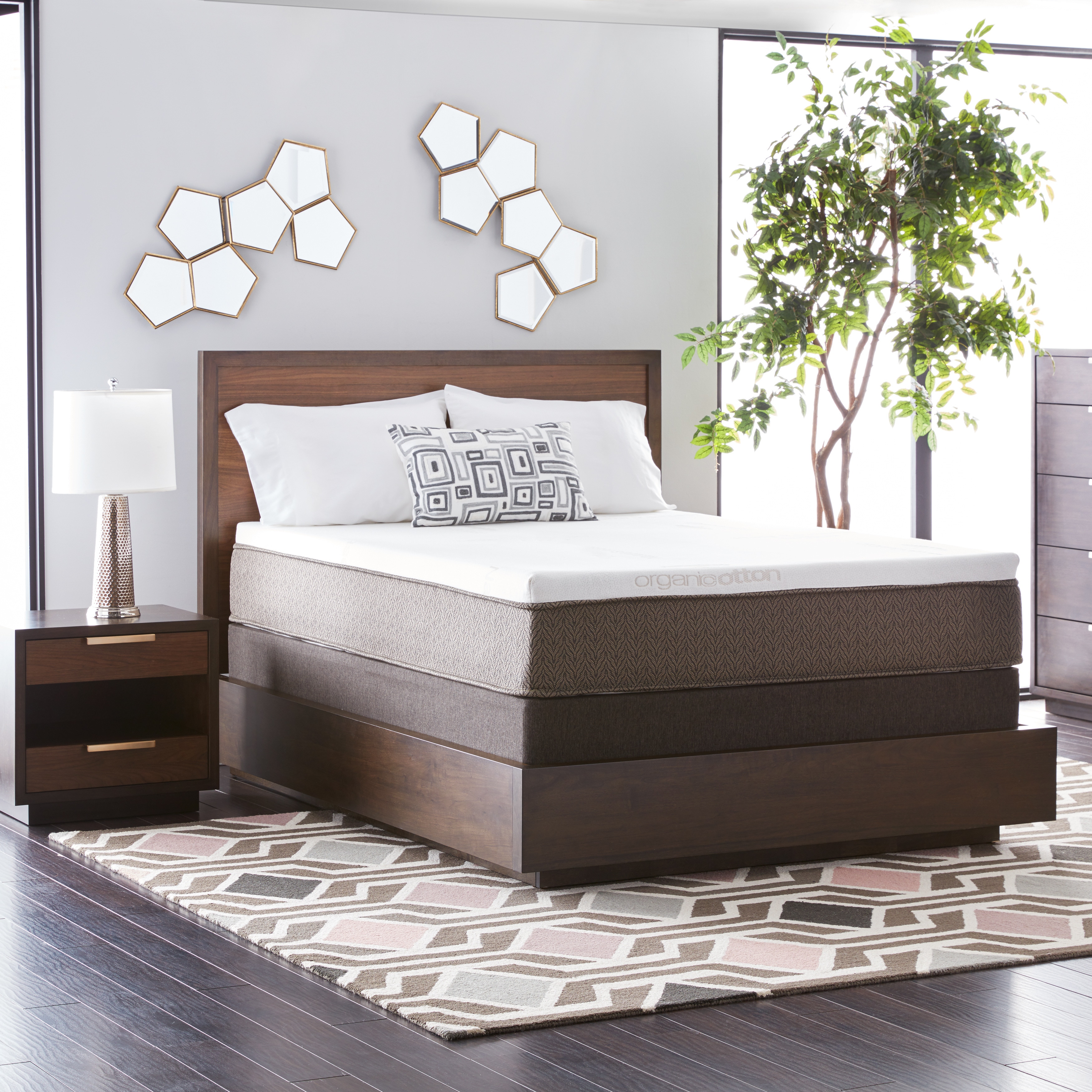 Natures Rest Summer Wind 13 Inch Full Size All Latex Mattress Set   White