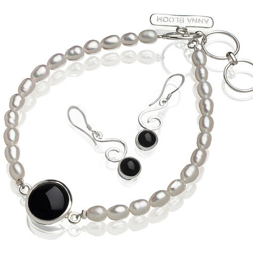 Anna Bloom Designs Onyx & Freshwater Pearl Bracelet and Earring Set