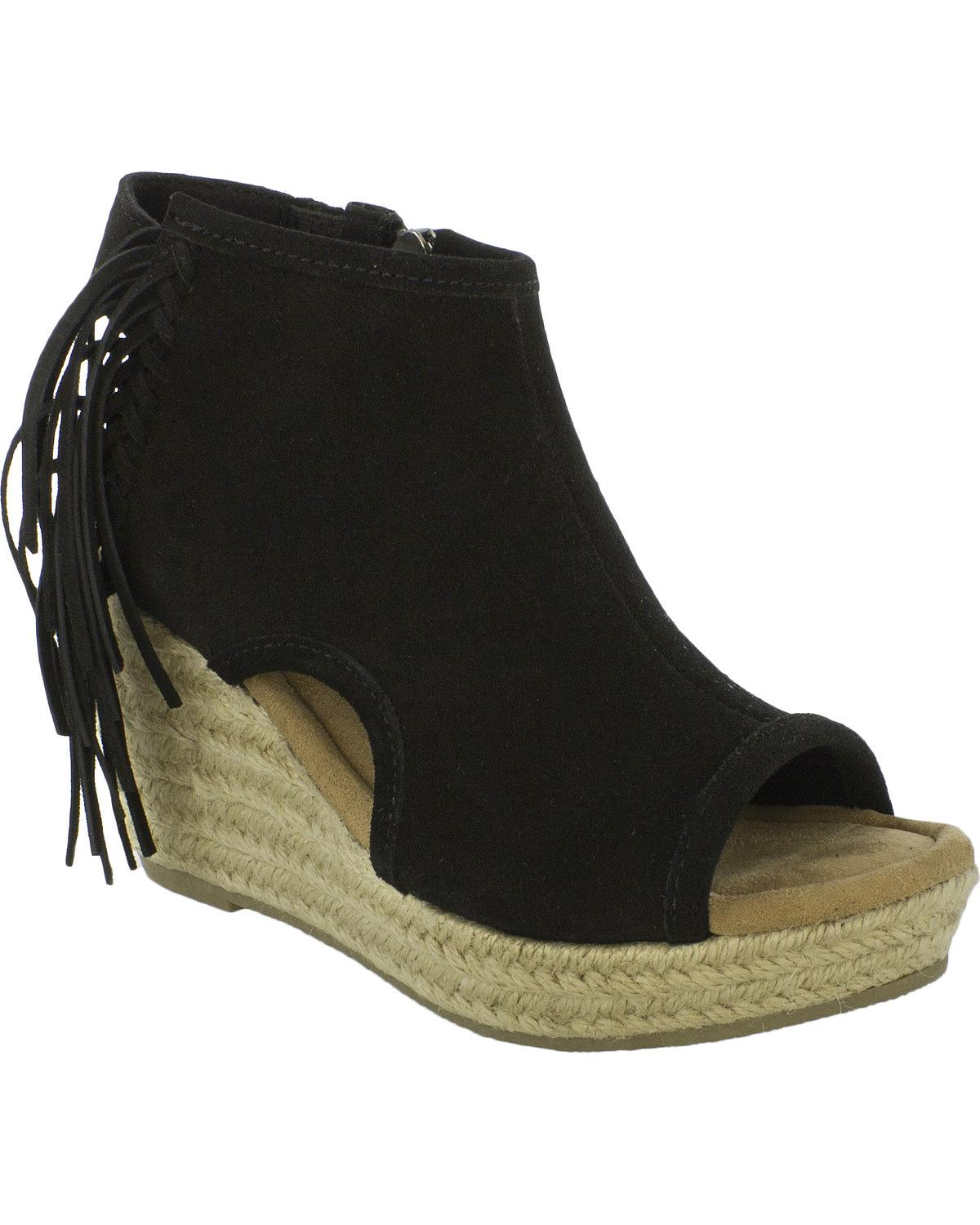 Minnetonka Women's Blaire Wedge Sandals 71330Blk by Minnetonka
