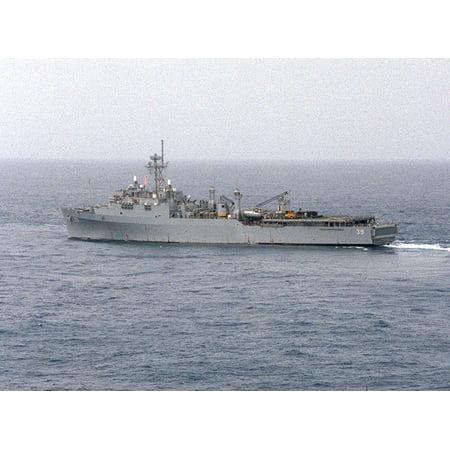 The U.S. Navy dock landing ship USS Mount Vernon (LSD-39) practices maneuvers during exercise Kerne Poster Print 24 x