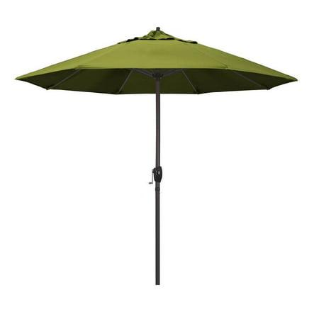 California Umbrella Casa Series Patio Market Umbrella in Olefin with Aluminum Pole Aluminum Ribs Auto Tilt Crank Lift
