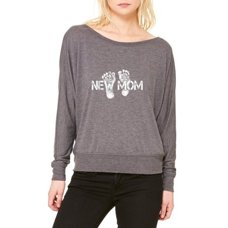 9b16987e38f Artix New Mom Matching with New Dad Mommy`s New Born Fresh Parent Gift for  Mothers Day Baby Shower Best Friend Women s Flowy Long Sleeve Off Shoulder  Tee ...