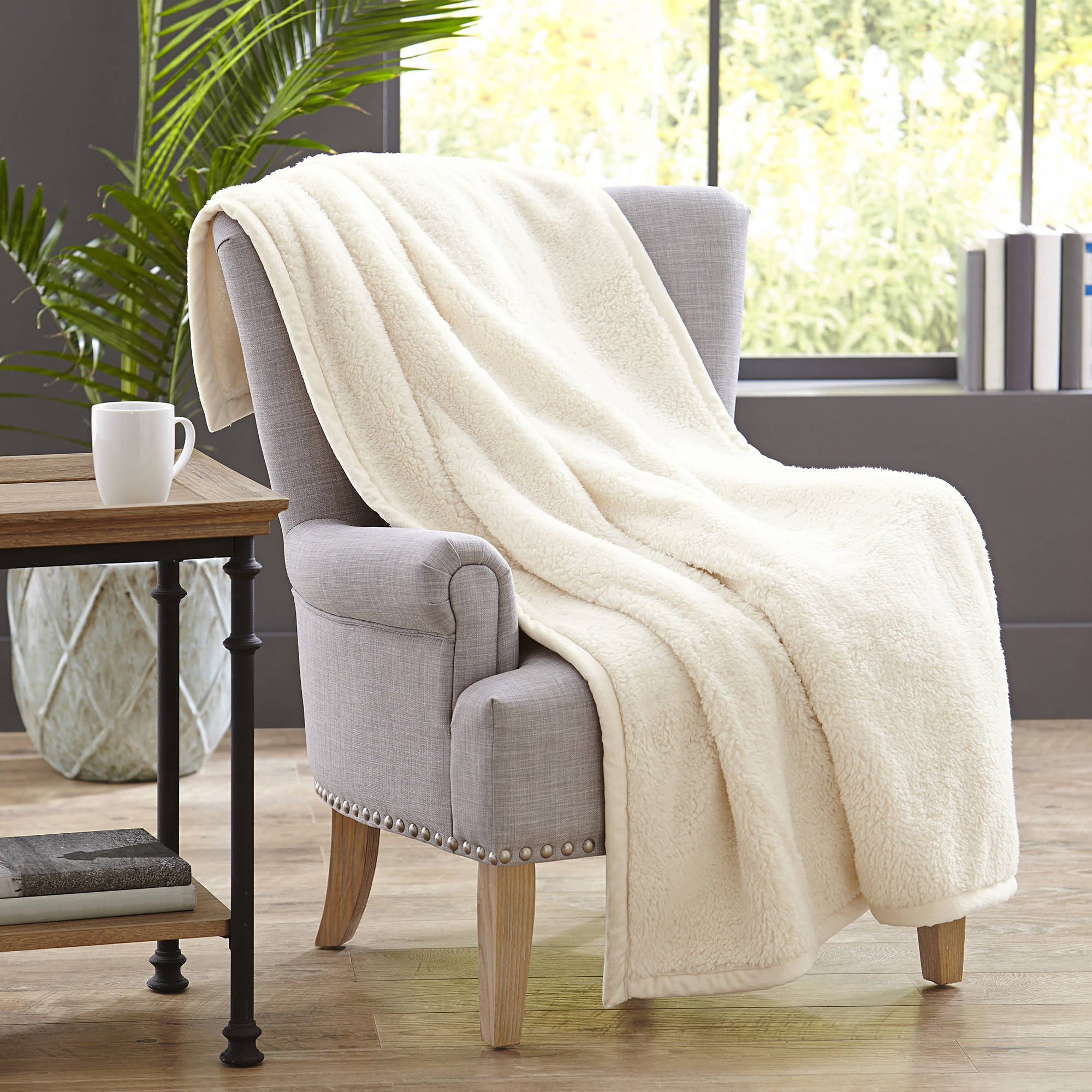 Better Homes & Gardens Sherpa Throw Blanket, 1 Each