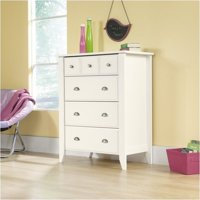 Pemberly Row 4 Drawer Chest in Soft White