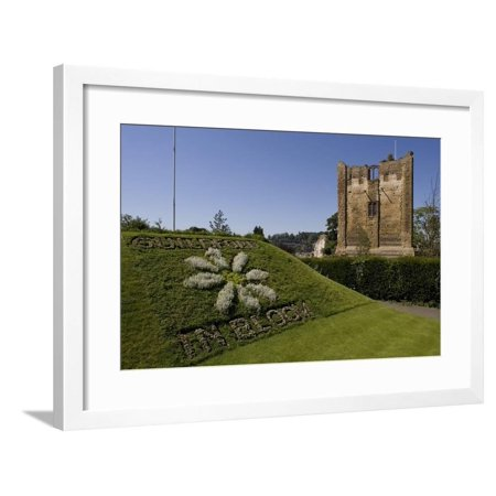 25g Tower (Ruins of Castle's Main Tower (12th Century) Guildford, Surrey, United Kingdom Framed Print Wall Art )