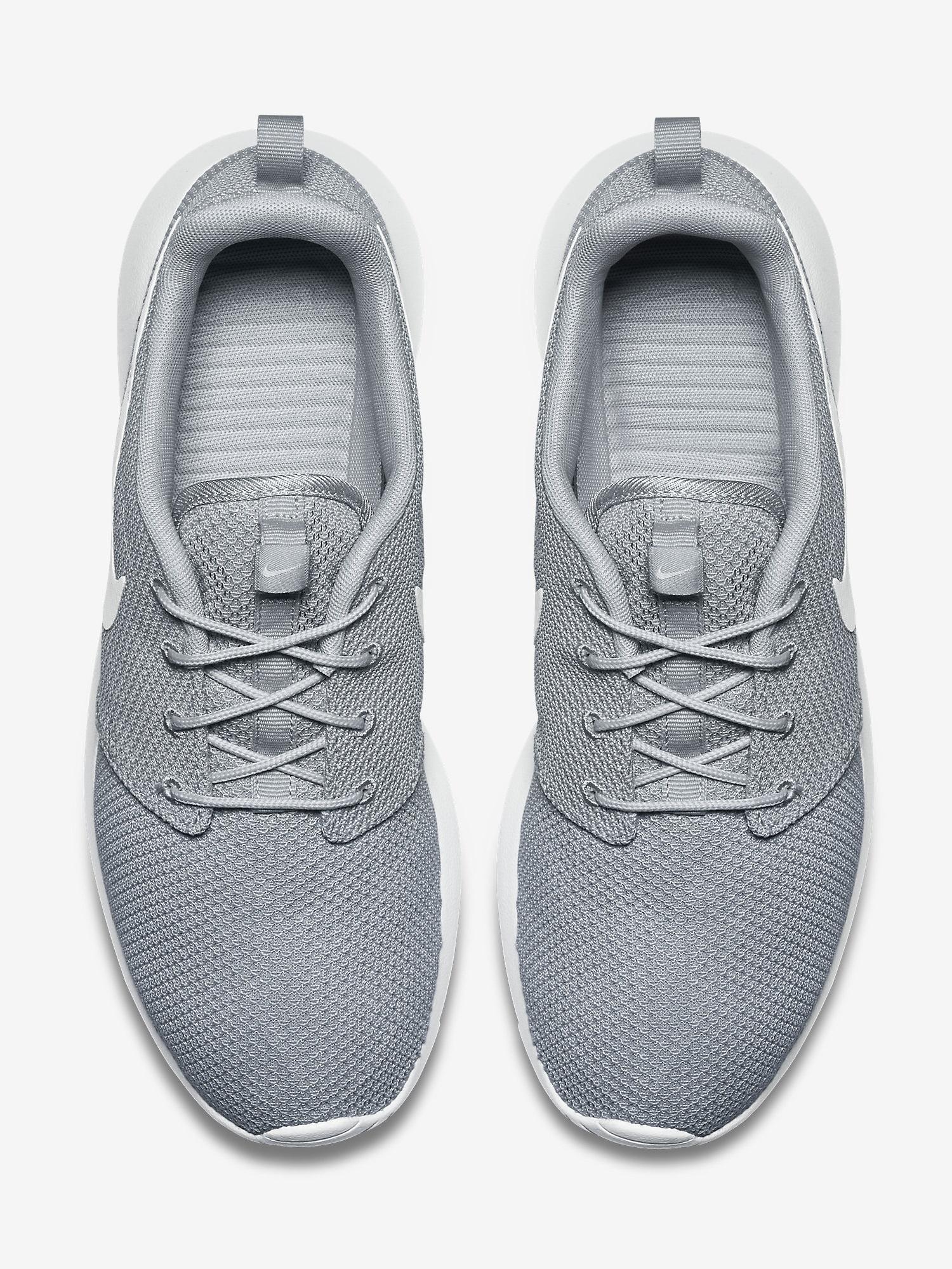 Nike Mens Rosherun (7.5) Wolf Grey/White Running Shoe (7.5) Rosherun 6c1fac