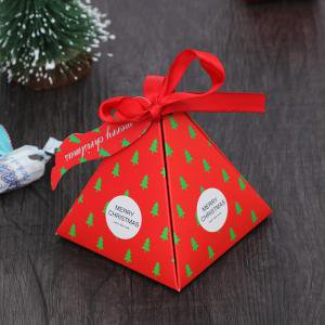 Fancyleo 6 Pieces Christmas Box Triangle Box Paper Candy Favor Boxes for Wedding Party Favor (Triangle Gift)