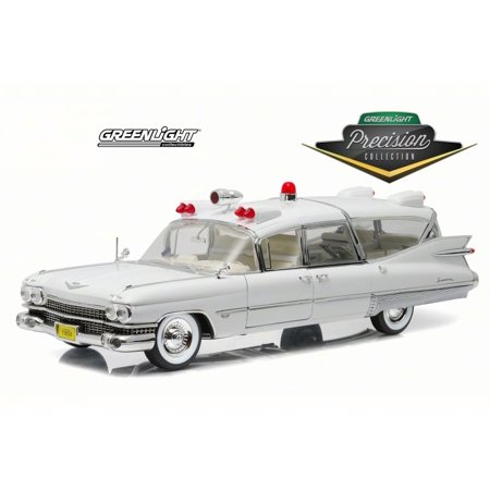 1959 Cadillac Ambulance White Greenlight 18004 1 18 Scale