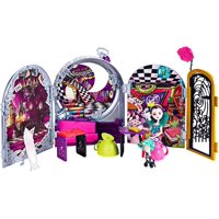Way Too Wonderland High and Raven Queen PlaysetOpen and unfold the display for three scenes: Raven's dorm room, Wonderland High and the Queen of Hearts' birthday.., By Ever After High