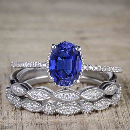 Besting 1 50 Carat Oval Cut Shire And Diamond Trio Wedding Ring Set In White Gold