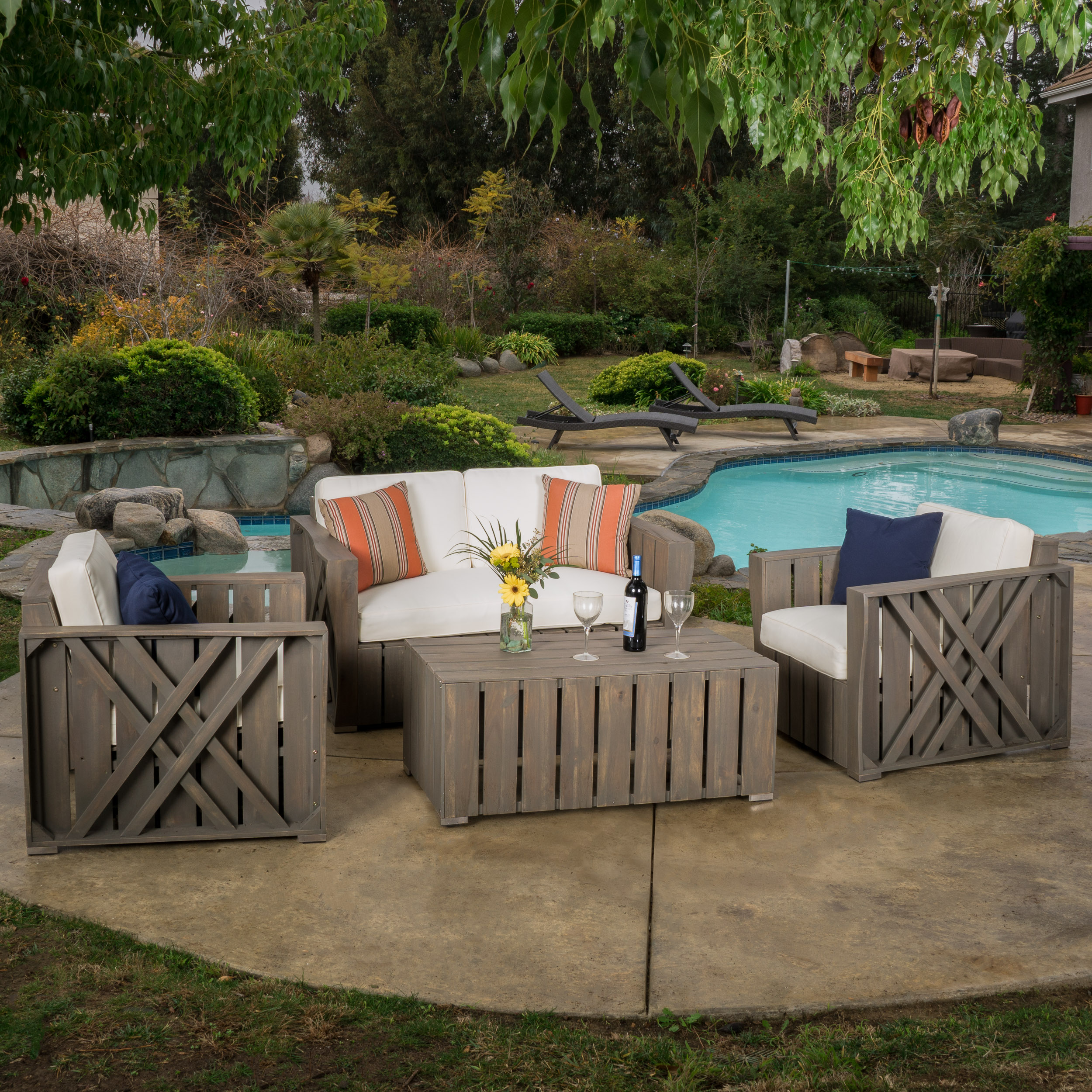 Hipali Outdoor Acacia Wood 4 piece Chat Set with Cushions, Grey, Cream