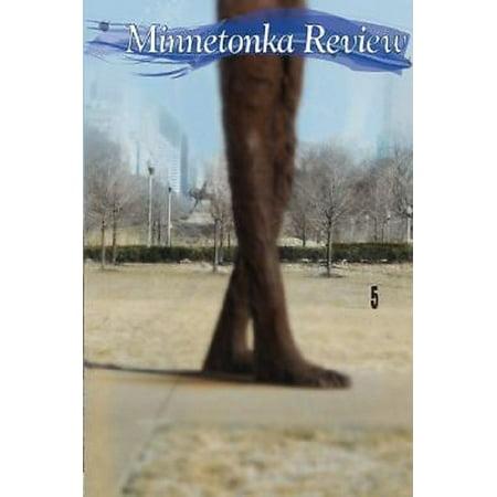 Minnetonka Review, Issue 5, Winter 2010 [Paperback] [Jan 01, 2010] ()