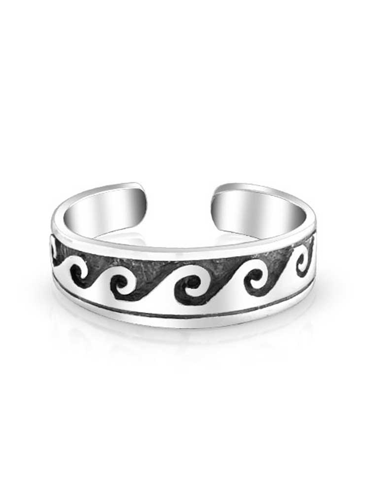 Princess Kylie Oxidized Sterling Silver Round Star Center Ring