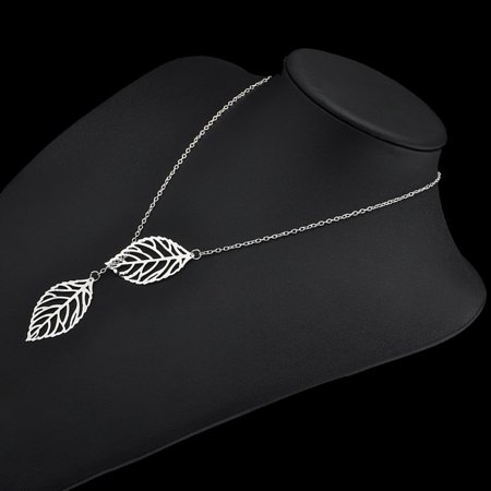Simple Mori Metal Hollow Leaf Necklace Female Double Leaf Short Clavicle Chain - image 4 of 6