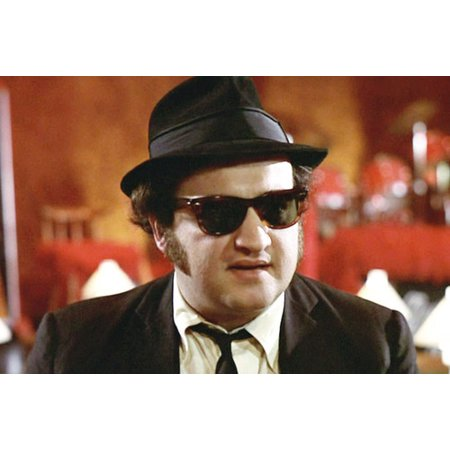 John Belushi in The Blues Brothers in hat and sunglasses 24x36 (Blues Brothers Hat Type)