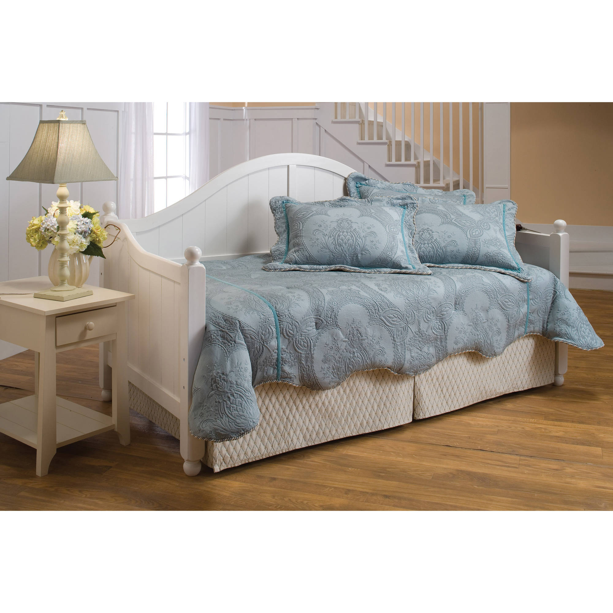 Hillsdale Furniture Augusta Day Bed, White by Hillsdale Furniture