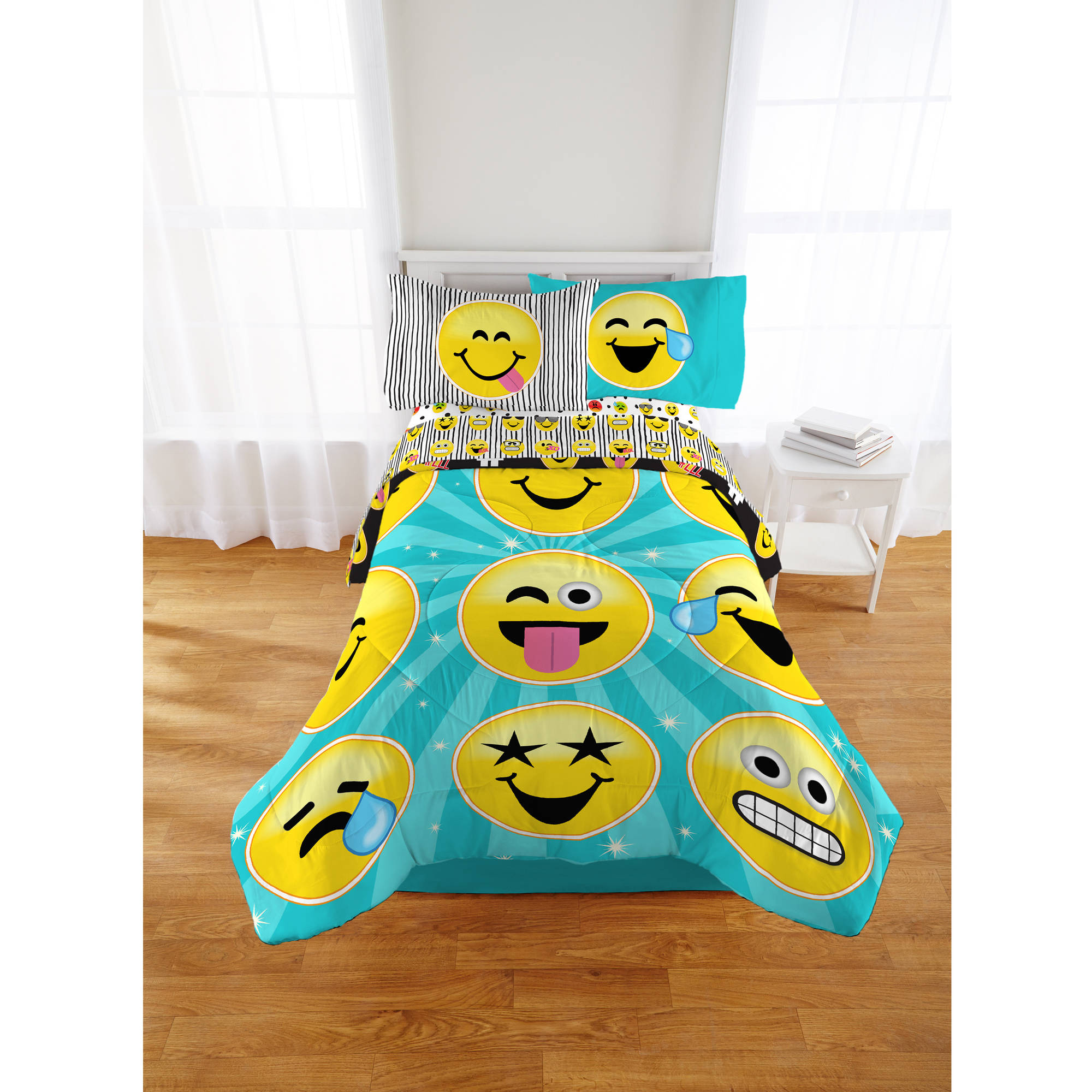 Emojination Forever Happy Twin/Full Comforter