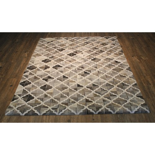 Everly Quinn Knopf Hand-Woven Cowhide Brown/Beige Area Rug