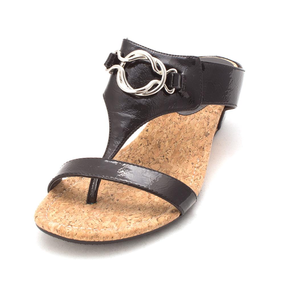 Impo Womens gwyenth Open Toe Formal Slide Sandals, Black patent, Size 7.5