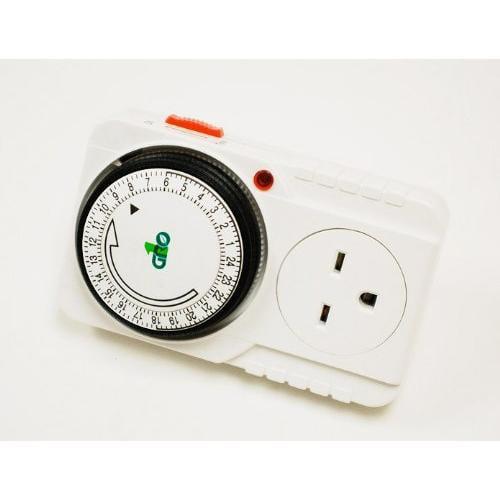 Gro1 Single Outlet Mechanical Timer 240V 710005 by DL Wholesale