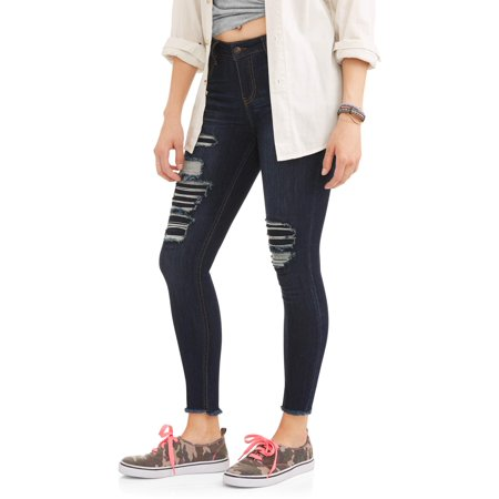 Juniors' Destructed Skinny Jeans w/ Frayed Hem