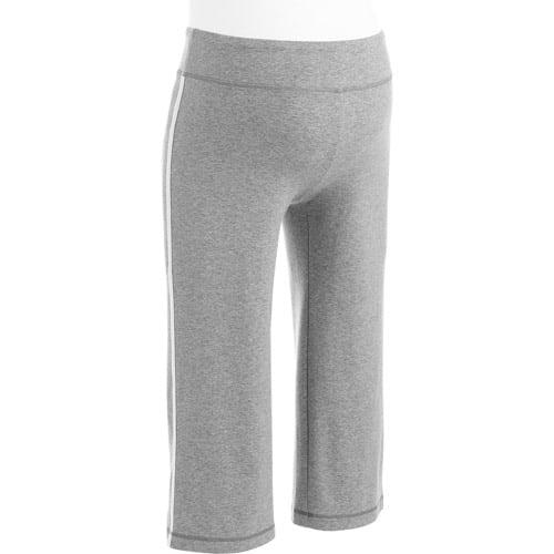 Danskin Now - Maternity Dri-More Capri Pants
