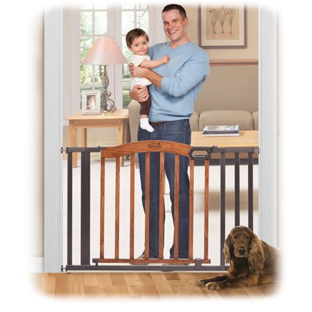 Summer Infant Decorative Wood   Metal Expansion Walk Thru Gate  Oak Slate