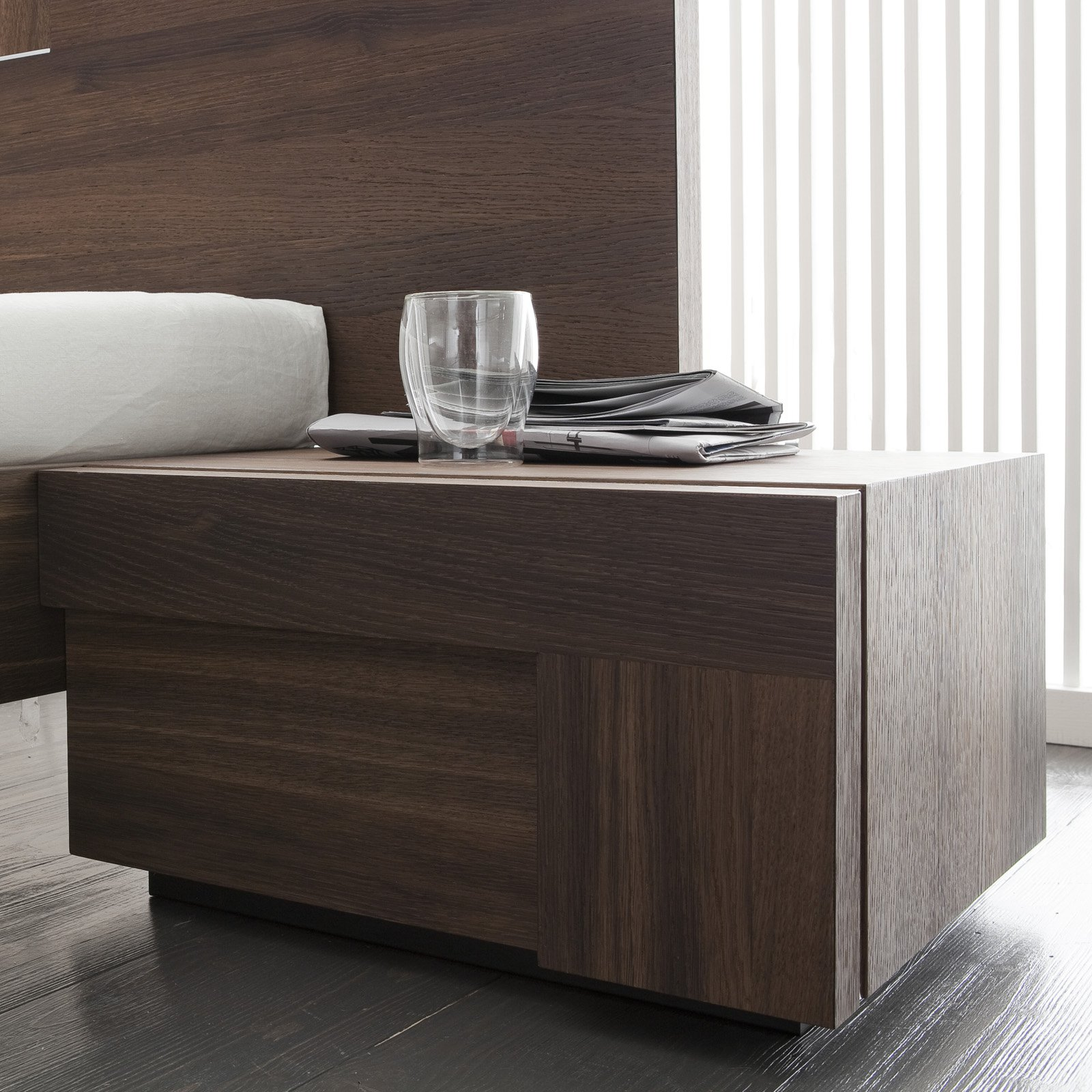 Rossetto Air Right 1 Drawer Nightstand by Rossetto USA