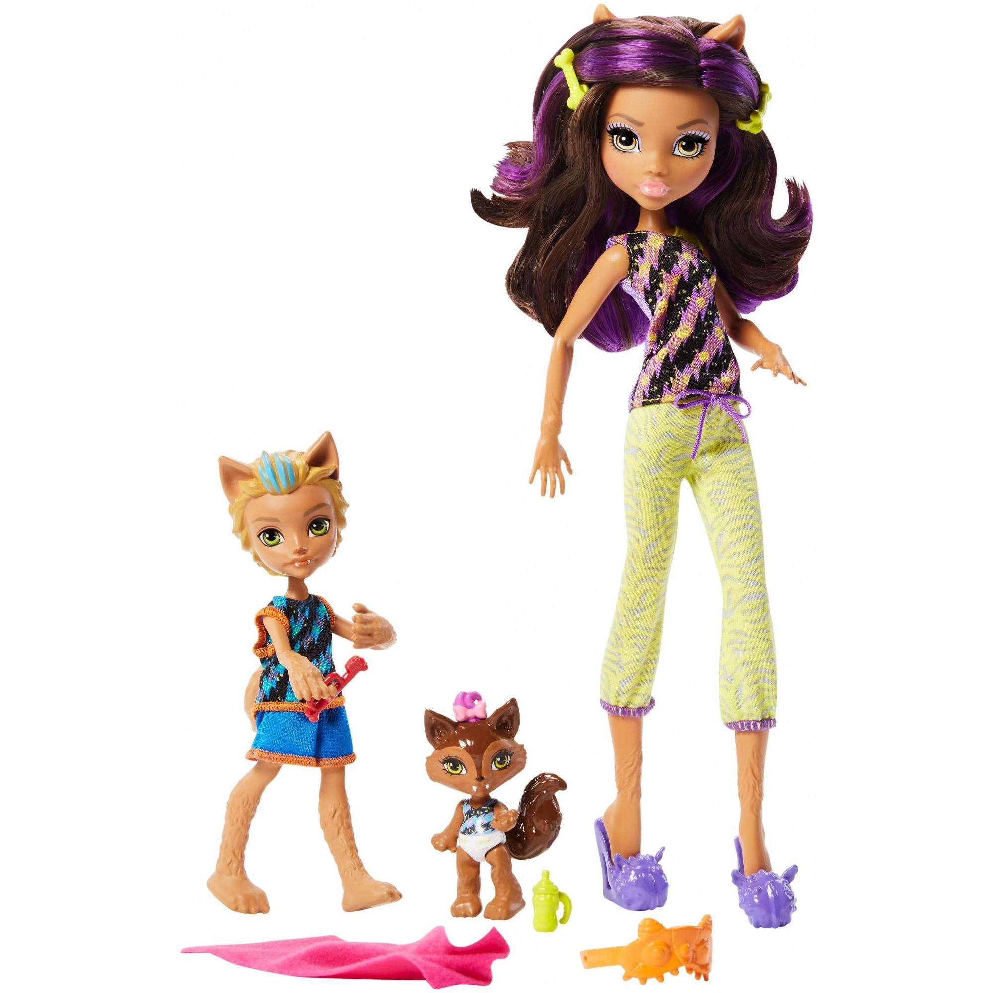 Monster High Monster Family of Clawdeen Wolf 2-pack Dolls by Mattel