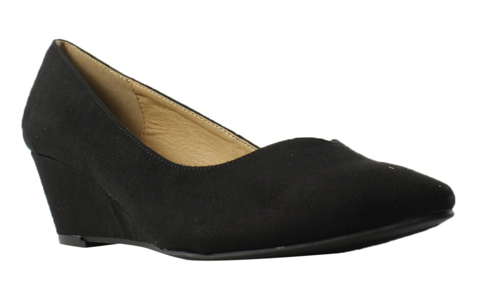 New CLbyChineseLaundry Womens Tiarasupersuede BlackSuperSuede Pumps Size 8