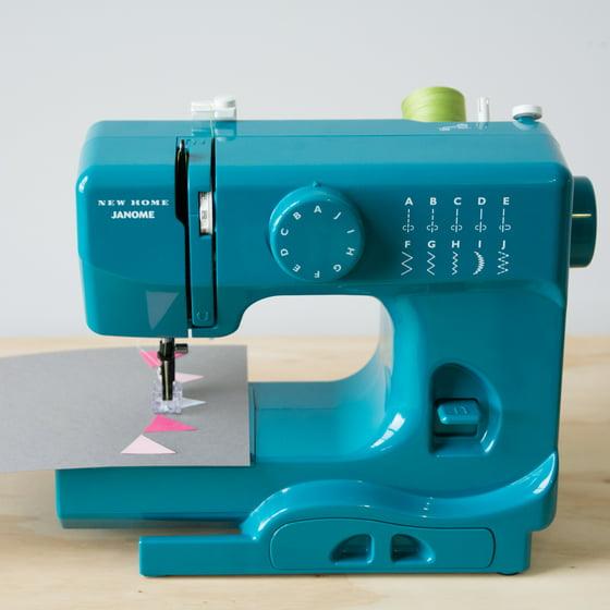 Janome Basic 40Stitch Portable Sewing Machine With Top DropIn Impressive Janome Basic 10 Stitch Portable Sewing Machine