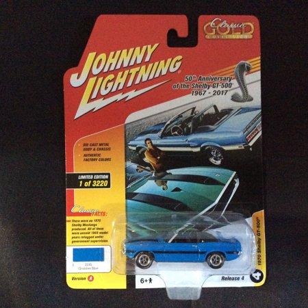 Johnny Lightning JLCG012 Classic Gold Version A 1970 Shelby GT